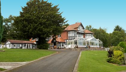 Lyons Woodlands Hall Hotel