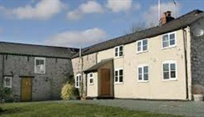 Carreg - y- Big Farm B & B